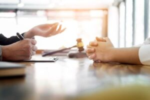 How Does a Henderson Personal Injury Lawyer Prove Negligence